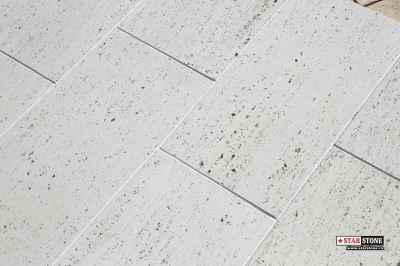 Dale de pavaj cu textură travertin vein cut - Traverstone